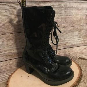 Dr. Martens Diva Dee Size 8 Boots Black Patent